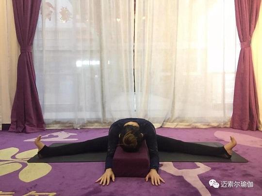 让身体回归本心_阴瑜伽20h工作坊_深圳瑜伽图片